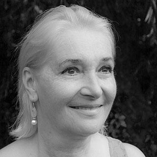Angelika Peaston