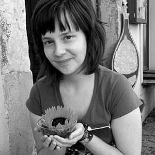 Miriam H Auer